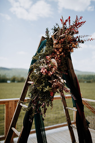 flower arrangement at Trapshire